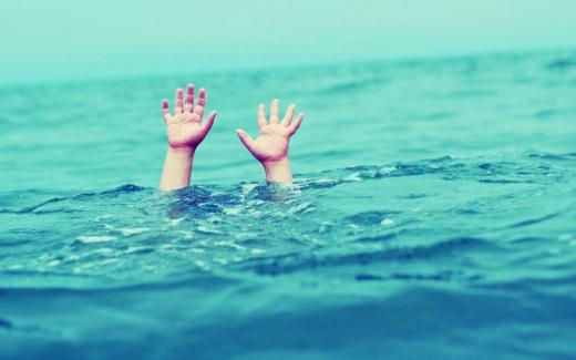 У річці Тиса поблизу селища Королево водолази шукають 10-річного хлопчика