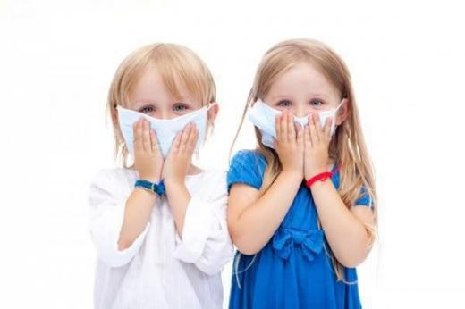 Як саме носити захисні маски дітям