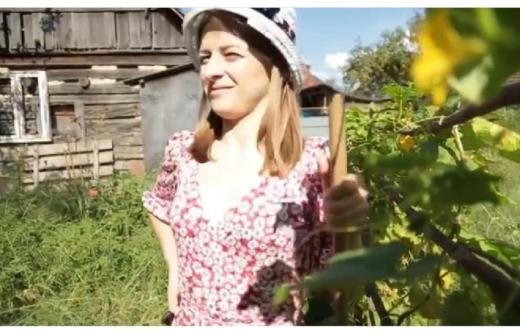 """""""Йду в депутати"""": закарпатська блогерка опублікувала нове відео"""