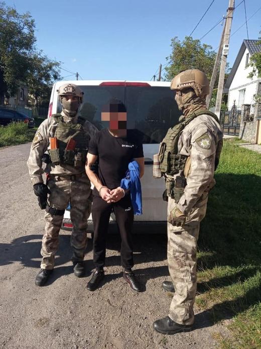 На Мукачівщині поліція затримала збувача метамфетаміну