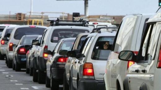 Чотири сотні автівок стоять у чергах на закарпатських пунктах пропуску