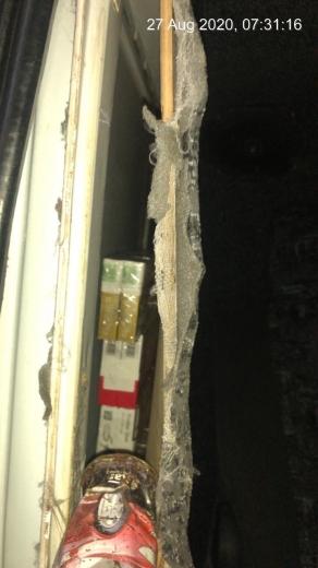 Шістсот пачок цигарок виявили у львів'янина на українсько-угорському кордоні