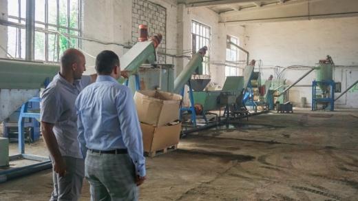 Єдина в області лінія із переробки пластику запрацювала в Ужгороді