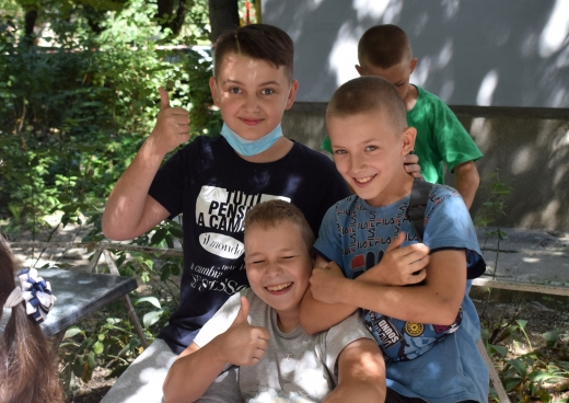 Акція «Прощавай, літо! Привіт, школо!» відбулася в Ужгороді (фоторепортаж)