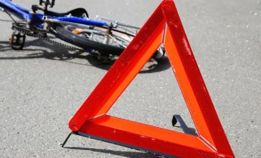 Зіткнення автівки з велосипедом сталося на Закарпатті