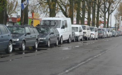 Ситуація на закарпатських пунктах пропуску: сотні автівок чекають своєї черги