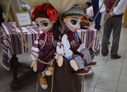 """Виставка, присвячена  театру ляльок """"Бавка"""", стартувала в Ужгороді"""