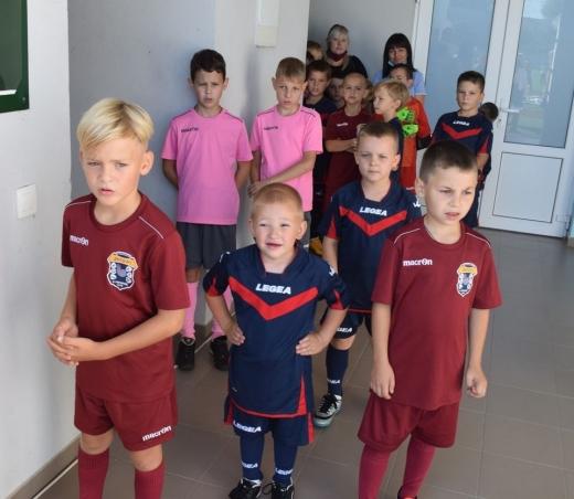 В Ужгороді юні спортсмени змагаються в турнірі з міні-футболу (ФОТО)