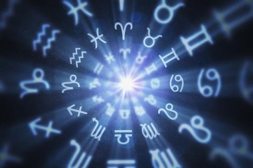 Гороскоп на 10 вересня: що чекає сьогодні на Овнів, Дів, Скорпіонів та інші знаки Зодіаку