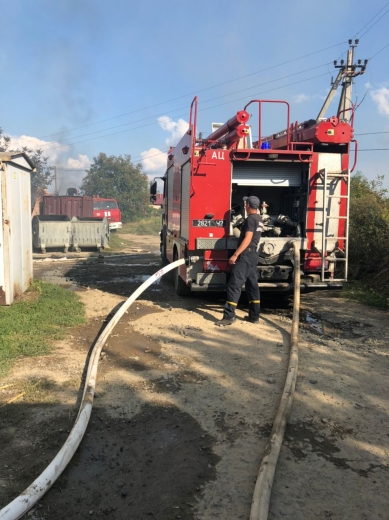 У ресторані поблизу Ужгорода спалахнула пожежа: опубліковано ВІДЕО, ФОТО