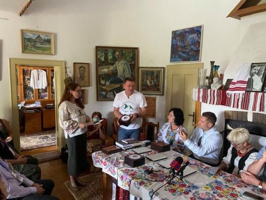 Назвали імена цьогорічних лауреатів закарпатської літературної премії імені Івана Чендея