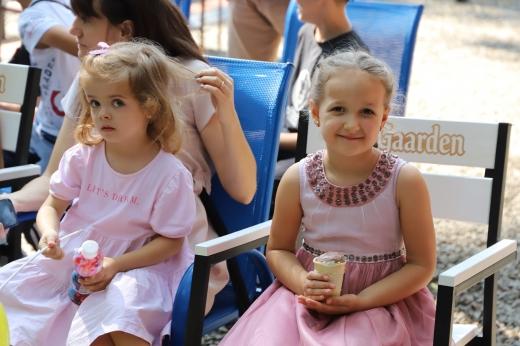 В ужгородському Боздоському парку тривають вистави лялькового театру