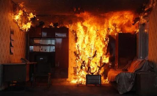 У житловому будинку Ужгорода сталася пожежа