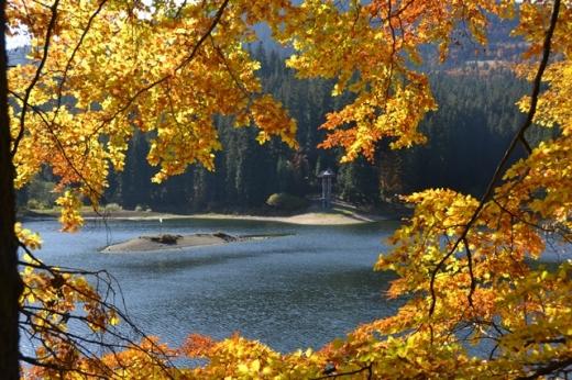 Прогноз погоди на сьогодні: ясне небо, спека і жодного натяку на осінь