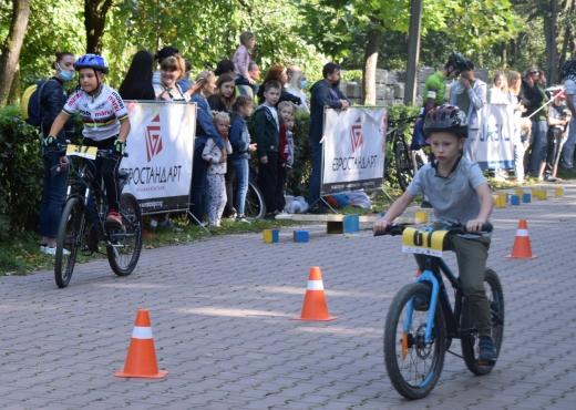 """Відкритий турнір з велоспорту-маунтенбайку """"Велолідер"""" відбувся в Ужгороді"""