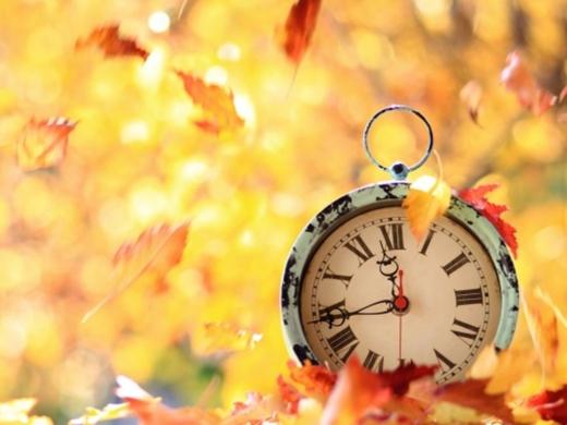 У кінці жовтня українці перейдуть на зимовий час: коли переводити годинник