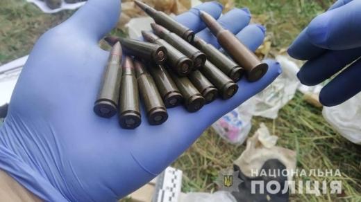 На Міжгірщині у 31-річного закарпатця вилучили цілий арсенал нелегальної зброї