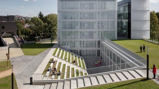 Кампус і творчий інноваційний парк знань: у Будапешті створили університет майбутнього