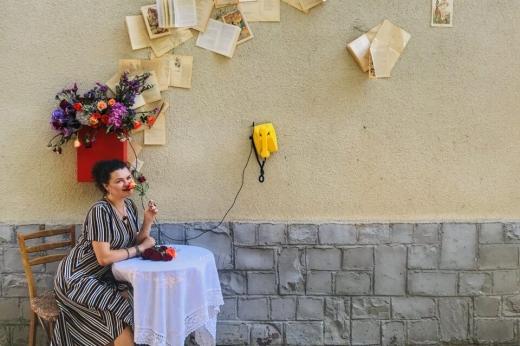 Закарпатські бібліотекарі зняли креативне відео про майбутнє книгозбірень через 75 років