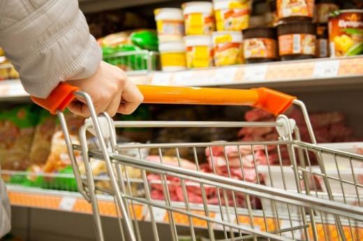 Як коронавірус поширюється в магазинах: епідеміолог розкрила схему