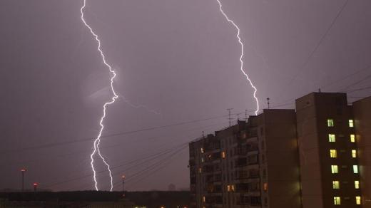 Синоптики повідомляють про штормове попередження на Закарпатті