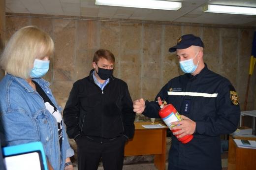 Рятувальники перевірили безпечність  майбутніх виборчих дільниць