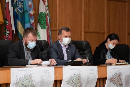 Ужгородці взяли участь у громадських слуханнях щодо зеленої зони