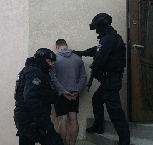На Виноградівщині викрили групу злочинців, які обкрадали термінали самообслуговування (ФОТО)