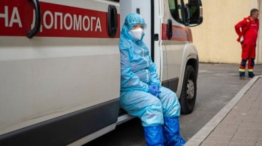 Україна піднялась на 10 місце у світі за кількістю хворих на COVID-19