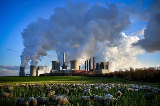 Німеччина вводить податок на викиди вуглекислого газу