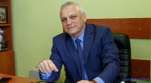 Закарпатський лікар Михайло Поляк розповів про відмінності COVID-19 та ГРВІ