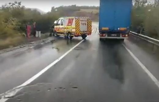 Аварія на Закарпатті: мікроавтобус полетів у кювет