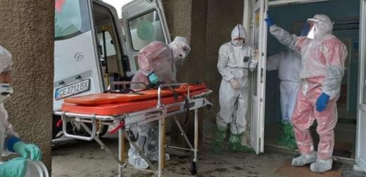 Більше тисячі хворих на COVID-19 госпіталізували в Україні за минулу добу