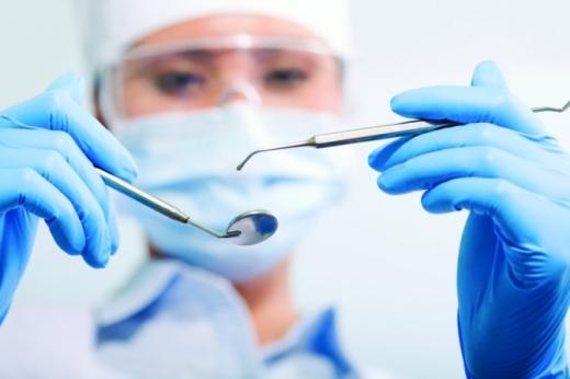 Як вибрати стоматологічну клініку: поради та нюанси