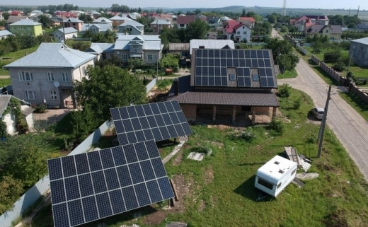 За 5 років українці інвестували у сонячні панелі близько 560 мільйонів євро