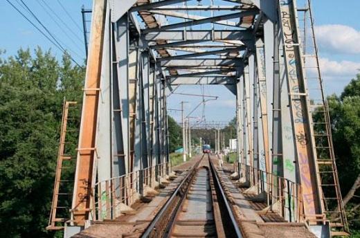 """""""Укрзалізниця"""" хоче побудувати новий залізничний міст на Закарпатті"""