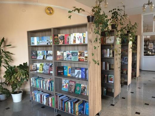 Майже 350 тис. грн на книги та понад 500 тис. грн на нові меблі для бібліотек виділили з бюджету Ужгорода