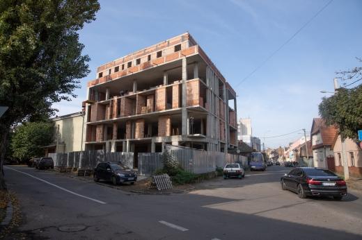 Міськрада звернулася до суду про знесення самочинно збудованого об'єкта в Ужгороді