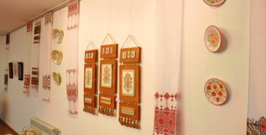 В Ужгороді відкрили виставку традиційних ремесел Закарпаття (ВІДЕО)