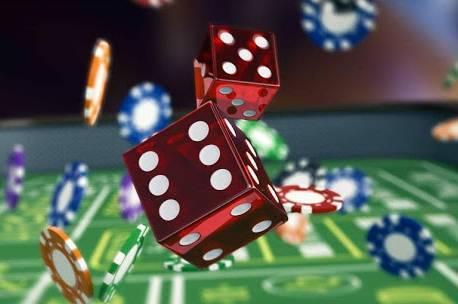 Играть на реальные гривны в казино Слотор