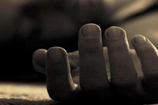 На в'їзді в село закарпатець виявив тіло чоловіка без ознак життя