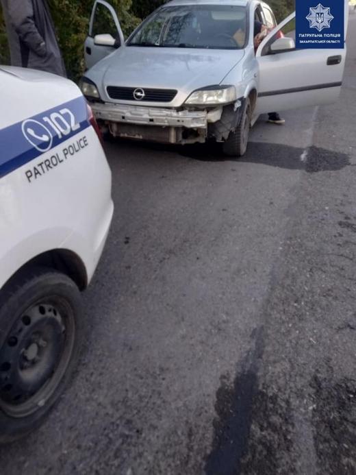"""Закарпатські патрульні виявили водіїв """"під кайфом"""""""