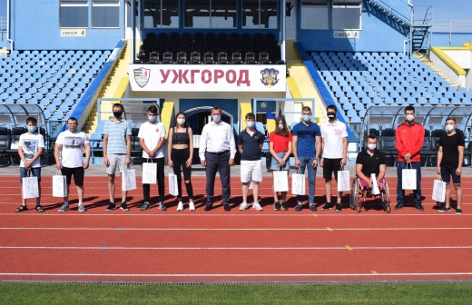 Кращі спортсмени Ужгорода й надалі отримуватимуть стипендію: триває прийом документів
