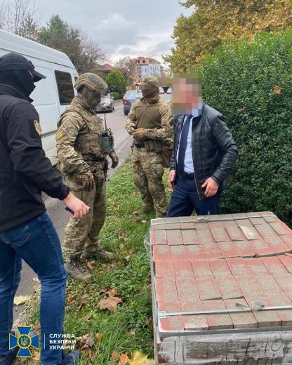 Заступника голови ОДА зловили на хабарі у 500 тисяч (ФОТО)