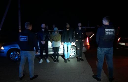Двох мешканців Виноградівщини судитимуть за незаконне переправлення осіб через кордон
