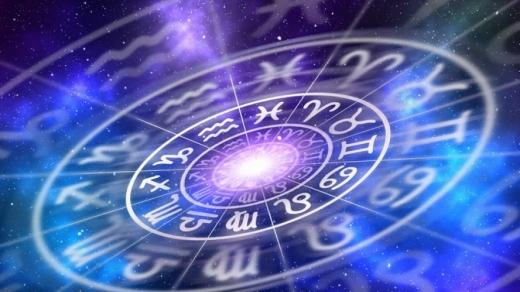 Гороскоп на 4 листопада для всіх знаків Зодіаку: день, коли потрібно позбавлятися від вантажу минулого