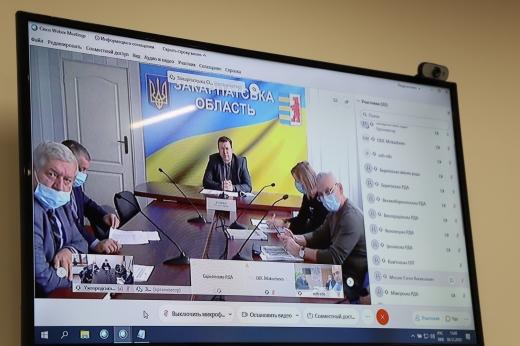 Резервування додаткових  ліжко-місць: в Ужгороді провели селекторну нараду щодо коронавірусу