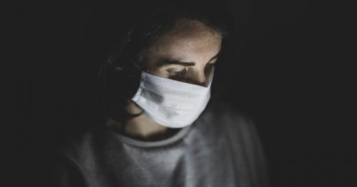Втрата нюху під час коронавірусу - добрий знак: лікарі розповіли про позитивну тенденцію
