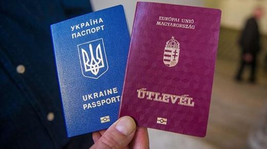 Третина мешканців Закарпаття підтримують ідею подвійного громадянства в Україні