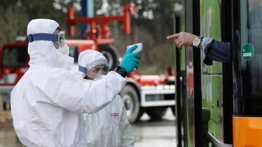 У Чехії найменше випадків коронавірусу за тиждень, суворі обмеження тривають